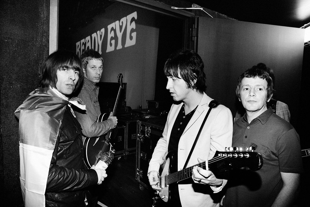 beady-eye-blackwhite.jpg