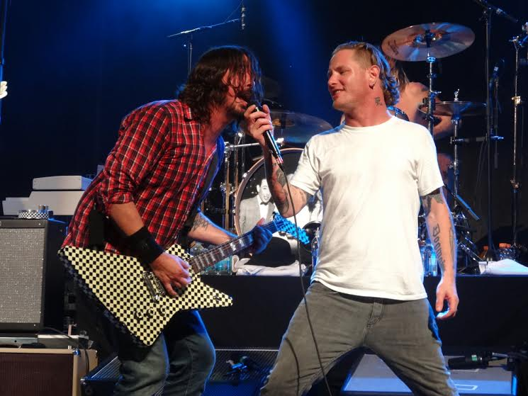 dave grohl whit core tylor