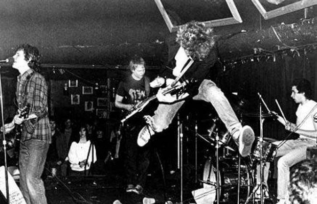 The-Replacements-onstage-in-the-early-80s