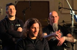 anthrax-catch-the-throne-interview-530x298