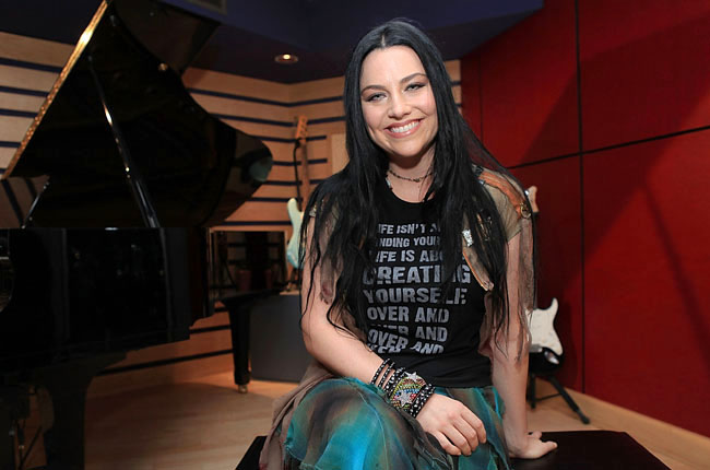 amy-lee-evanescence-