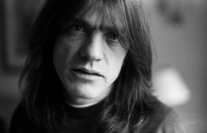malcolm-young-guitarrista-acdc-australiana_lncima20140811_0159_1