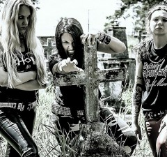nervosa-thrash-metal-heavy-girl-tattoo-rock-brazil-babe-dark-cross-pics-200460