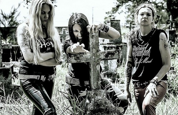 nervosa-thrash-metal-heavy-girl-tattoo-rock-brazil-babe-dark-cross-pics-200460